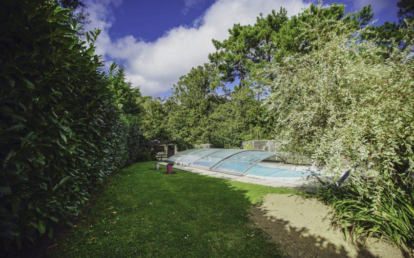 Vente à terme libre ou vente au comptant- Magnifique maison de 188,5m2 sur 1350m2 de terrain, piscine au Touquet